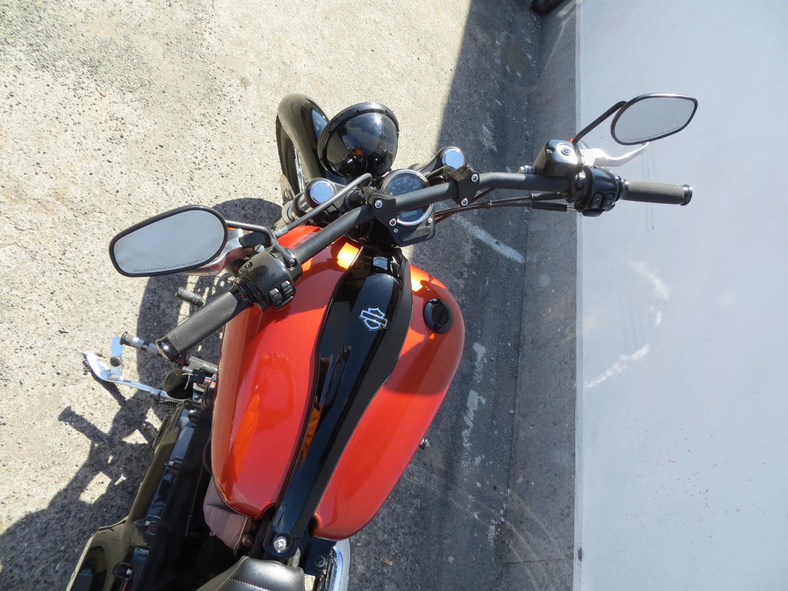 Harley-Davidson Harley-Davidson Dyna Blackline custom