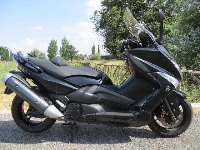 Yamaha Yamaha T Max 500 black